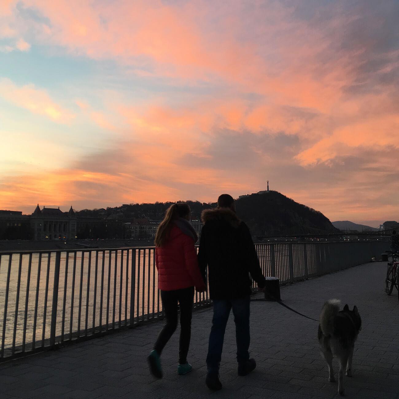 Nehru Part sunset Budapest