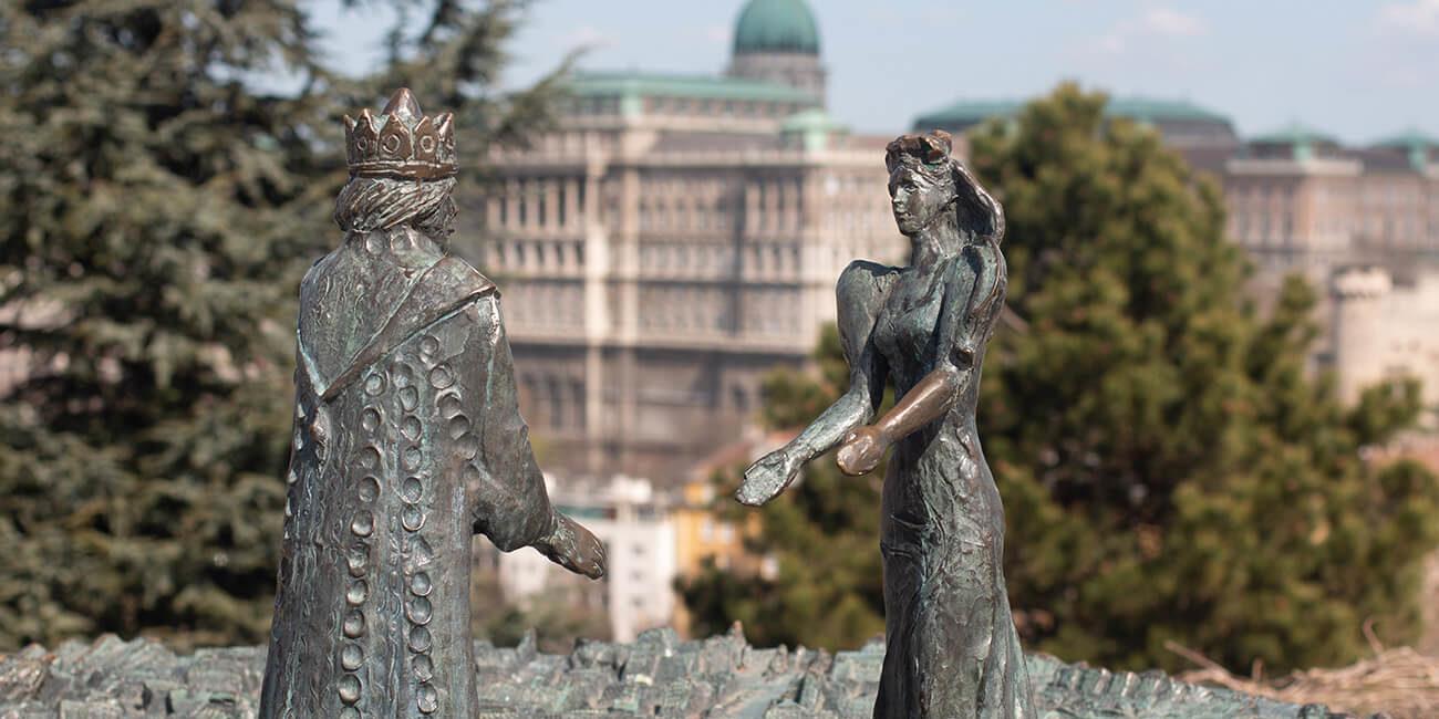 pest-buda-statue